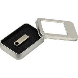 8115-8GB USB Bellekler
